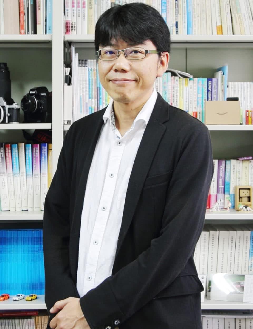 写真:保育士・幼稚園教諭養成コース長 安田純