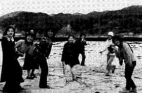 写真:城崎へ行ったときの6期生の皆さん8名
