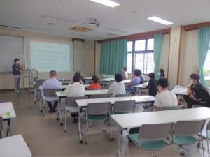 公開講座堀川先生講義の様子